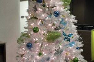 christmas-tree-at-orthodontist