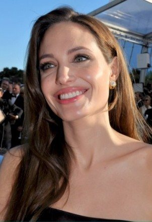 angelina jolie braces
